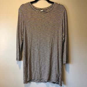 Old Navy Luxe Black/White Striped Tunic